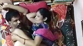 Shruti aunty watching video fudd