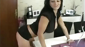 Ainashalle Cheating Wife And MILF Filmed