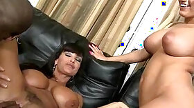 Black MILF rides BBC with her pussy