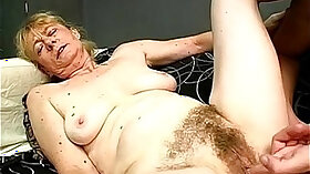 Beautiful versatile granny stimulates the pussy of tied up tanned babe