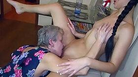 Amateur Lesbian Female Masturbation - Tinyarr