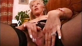 Amateur mature wife masturbation as im wanking